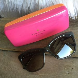 Kate Spade Wendy Cat Eye Sunglasses and Case 🧡♣️